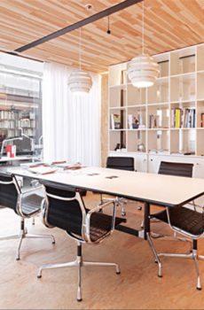 Eames Tables Besprechungstische